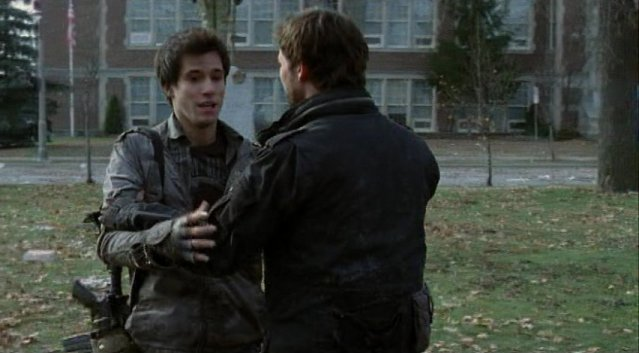 Falling Skies S1x02 - Shock by father and son