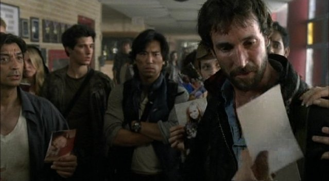Falling Skies S1x03 - A glimpse of the missing kids