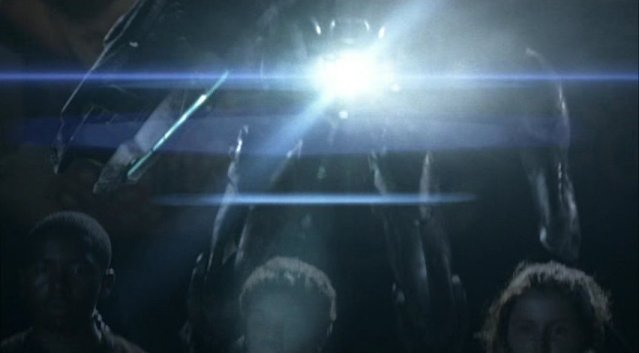Falling Skies S1x03 - Machine gunned by Mech