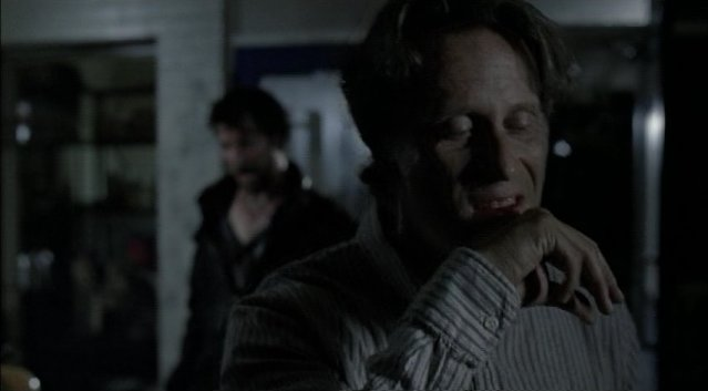 Falling Skies S1x03 - Punched in the mouth