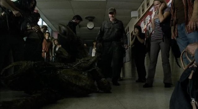 Falling Skies S1x03 - The Skitter Prisoner of War