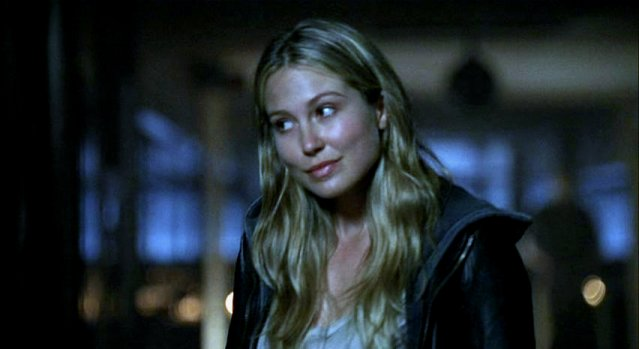 Falling Skies S1x05 - Young love Margaret knows Hal loves her