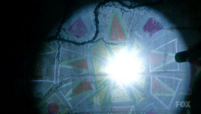 Fringe S4x03 - Artwork in Tunnel