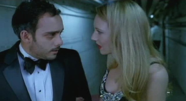 Fringe S3x12 - Olivia in a lovely gown with Simon