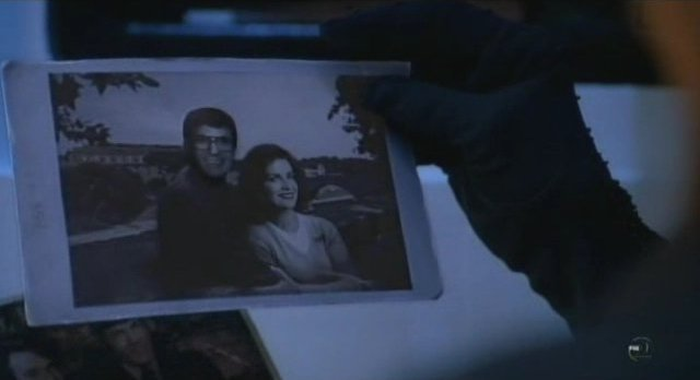 Fringe S3x12 - William and Nina in younger days