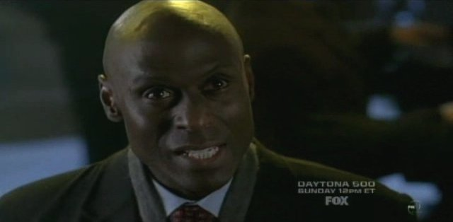 Fringe S3x14 6B Broyles - Get out of there now!