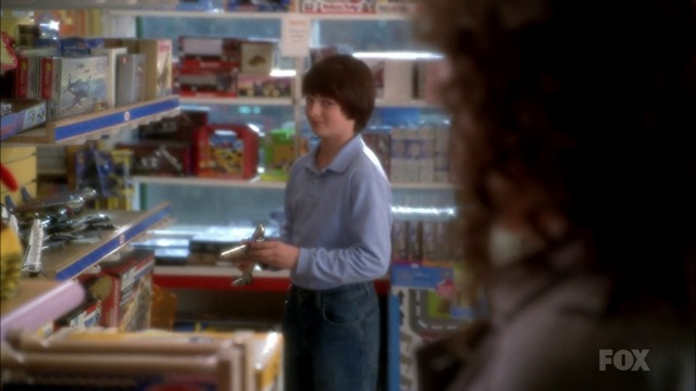 Fringe S3x15 - Peter with 1980s toys