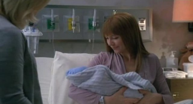 Fringe S3x18 - Mama BOlivia cuddles with the little bundle