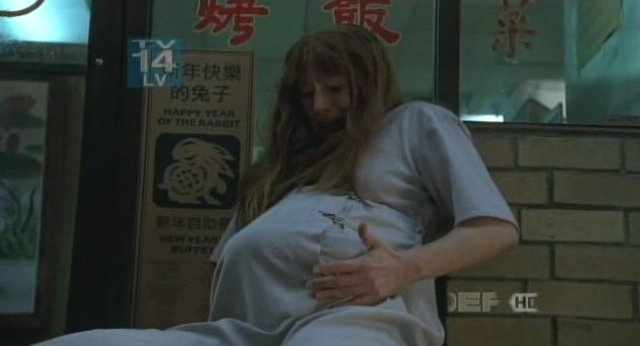 Fringe S3x18 - The bundle in Chinatown