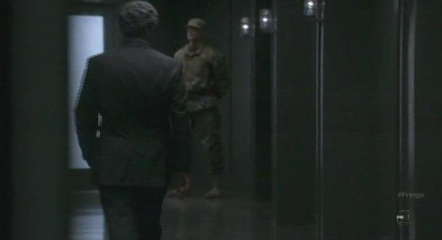 Fringe S3x20 - Walternate in dark hallway