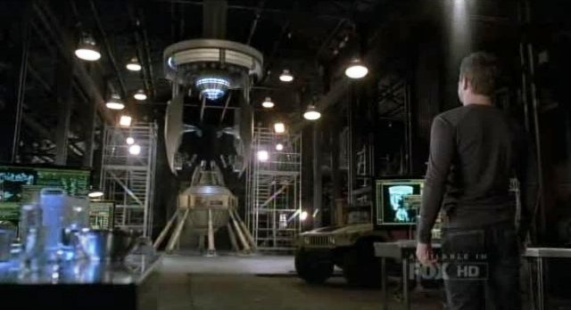 Fringe S4x01 - The machine Peter used to bridge universes