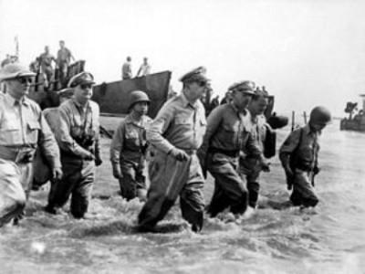 General Douglas MacArthur lands at Leyte