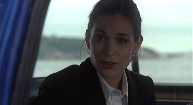 Haven S2x01 Alt Audrey smugly admits she used her cell phone