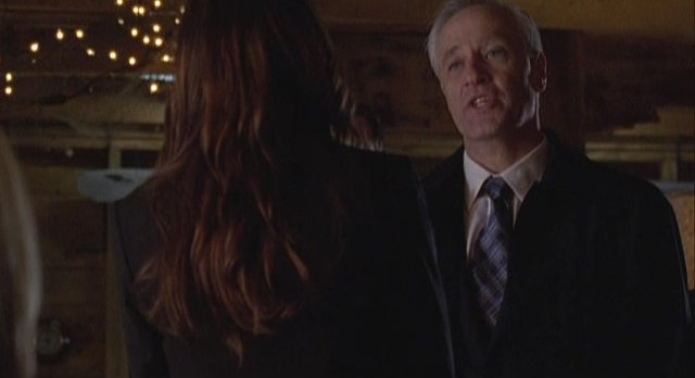 Haven S2x01 Alt Audrey's boss wants to know about imposter Audrey