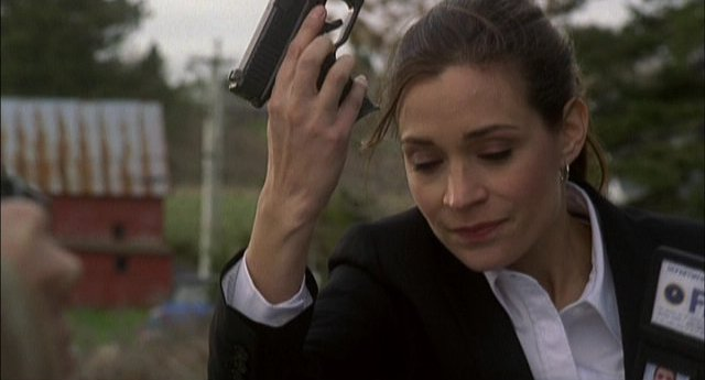 Haven S2x01 - Kathleen Munroe as Audrey 2 does what