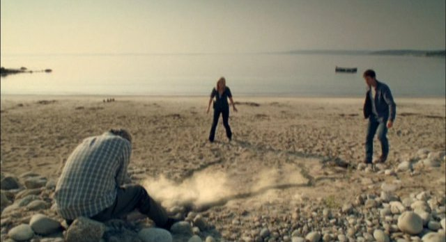 Haven S2x01 The crack in realities becomes manifest