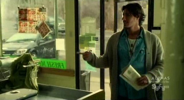 Haven S2x02 - Duke drops by the grocery store