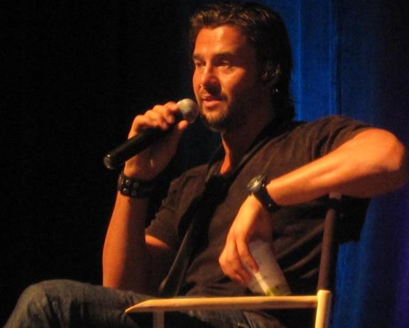 ChiCon 2010 handsome Steve Bacic during his panel!