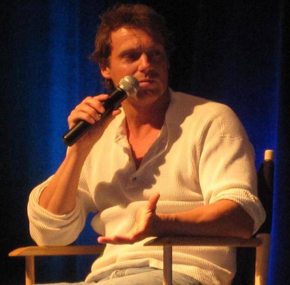 ChiCon 2010 Amazing Michael Shanks answers me!