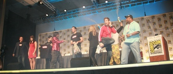 Comic-Con 2010 - Chuck Cast dancing at panel!