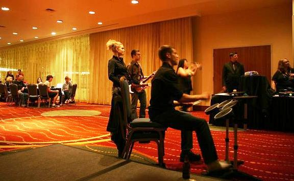 MinCon 2010 - Rockband Roadies!