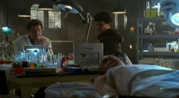 Fringe S3x09 Marionette - Walter & Astrid in the lab