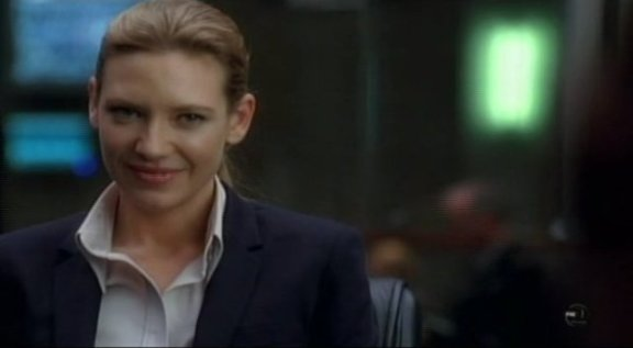 Fringe S3x09 Marionette - Livia likes LIVE viewers