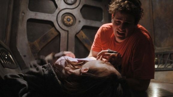 Chloe and Eli. Click to visit SGU on Syfy