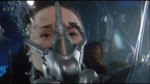 SGU S1x11 Space - Chloe Trapped