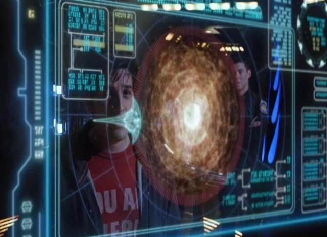 SGU S2x12  - Alternate shuttle coming out of the sun