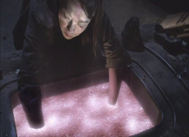 SGU S2x13 - Alliances - Camile Wray works on solution
