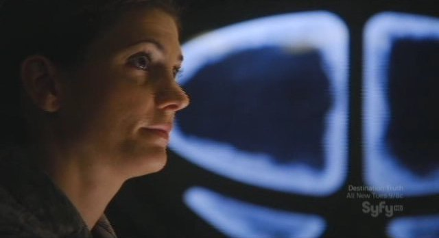 SGU S2x14 - Lt James looks on as Chloe becomes Amanda perry