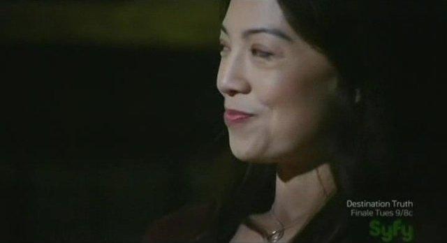 SGU S2x17 - Camile lipstick smirk