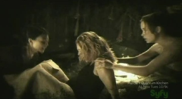 SGU S2x17 - Chloe helps too