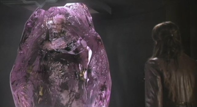Sanctuary S3x16 - Afina in purple amber crystal