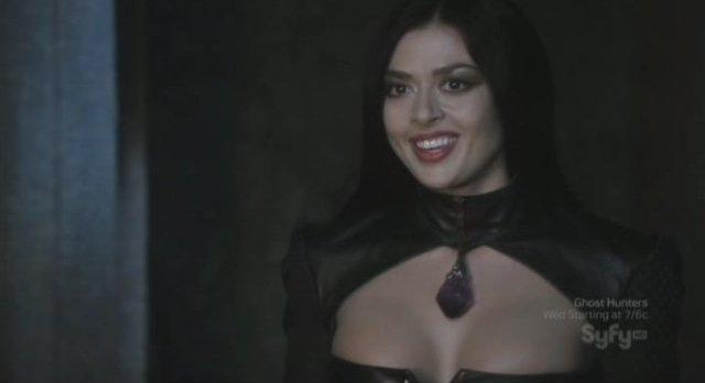 Sanctuary S3x16 - Aliyah O'Brien as Queen Afina