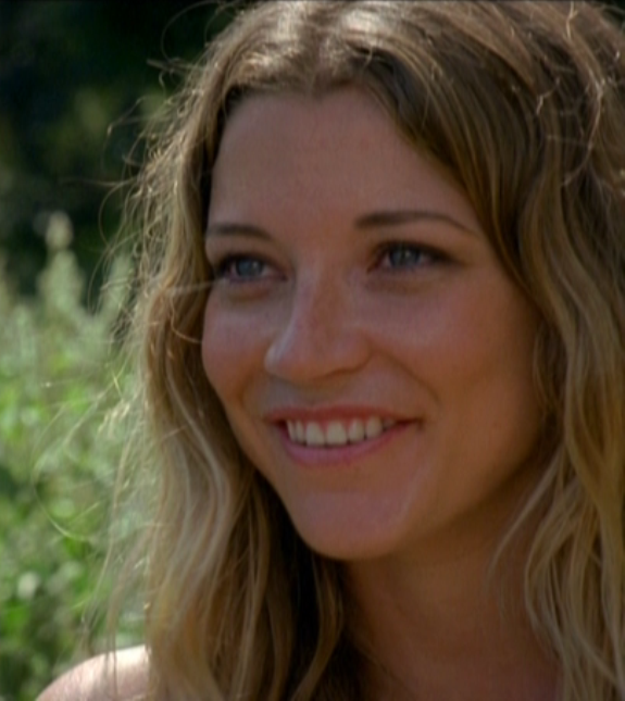 Lovely and talented Sarah Roemer in The Event!