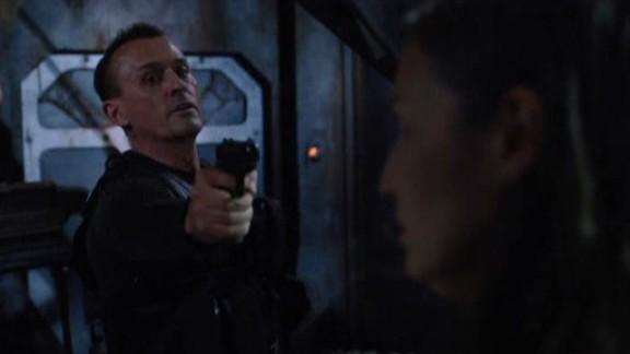 SGU S2x08 Malice - Simeon with a gun!