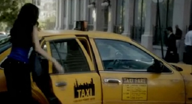 The Vampire Diaries  S3X03 katherine IN CAB