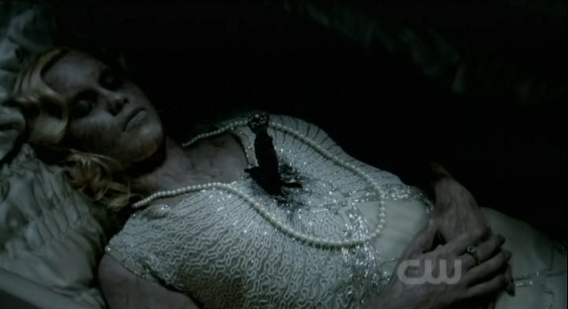 The Vampire Diaries S3x03 Rebecca in the coffin