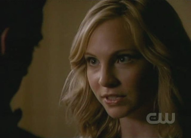 The Vampire Diaries S3x01 - A discussion of what is to come