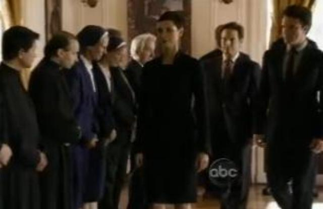 V Series S2x04 Unholy Alliance - Anna at the Vatican!