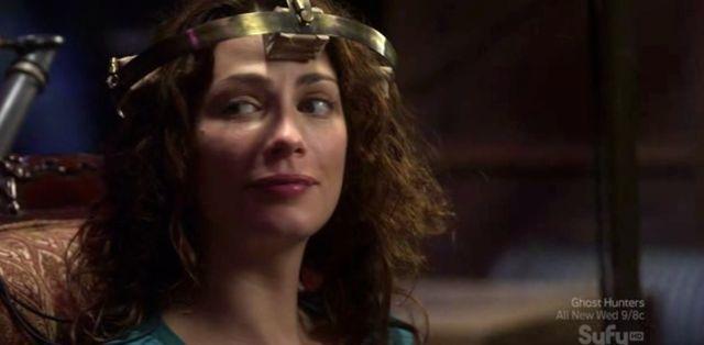 Warehouse 13 S2x10 - Myka get H.G. Wells' Headgear