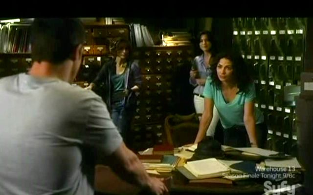 Warehouse 13 S2x11 - Peter gets razzed