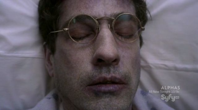 Warehouse 13 S3x10 Magic glasses helps Kevin