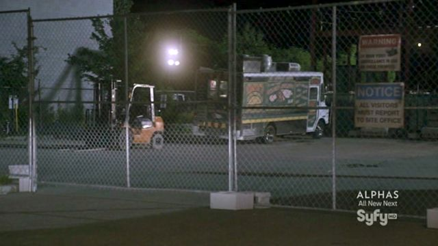 Warehouse 13 S3x10 Food Truck in construction site