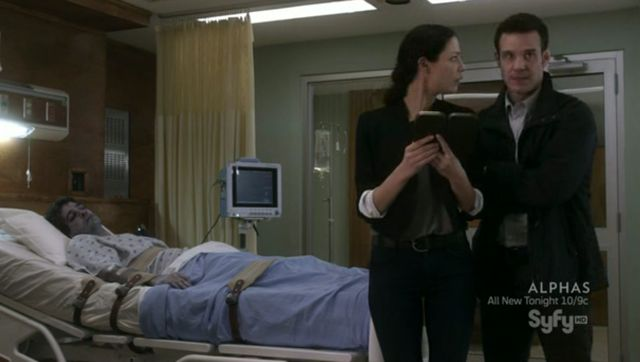 Warehouse 13 S3x10 In hospital with Kevin