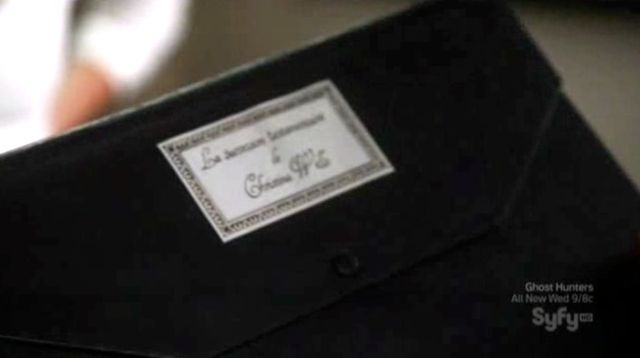 Warehouse 13 S2x12 - Papers aboout Christina