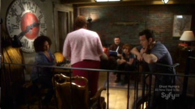 Warehouse 13 S2x12 - Mrs.Frederick reads letter to the team