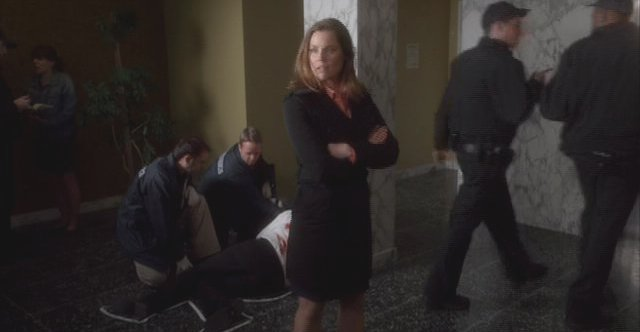 Warehouse 13 S3x01 Agent Stukowski as victims pile up
